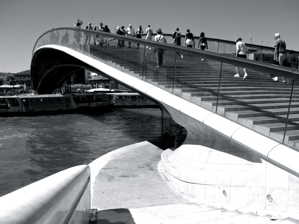 Puente de la Constitución en Venecia
